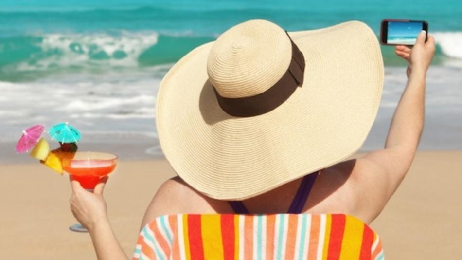 Las apps que no deben faltar en tu smartphone este verano